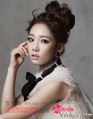 韩式盘发发型 打造优雅高贵气质