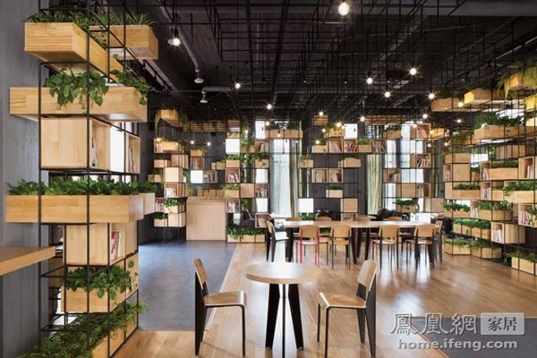 绿意盎然的咖啡厅 回收钢筋打造不一样的背景墙