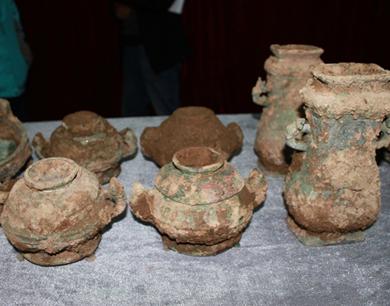陕村民挖出青铜器 物主或秦国贵族