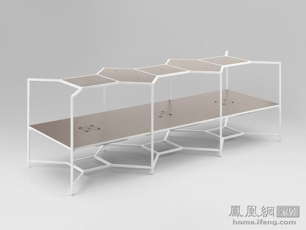 简约设计多重功能 灵活变化的集线器台