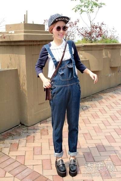 清明踏青背带裤搭配衬衣或t恤