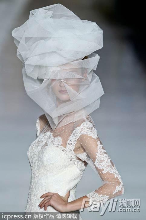 2014新娘造型风尚 夸张头饰令惊艳升级图片