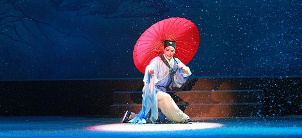 6台地方戏盐城展演 锡剧《珍珠塔》昨晚首秀