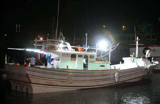台湾船长:玻璃造渔船不可能主动撞菲律宾铁壳大船