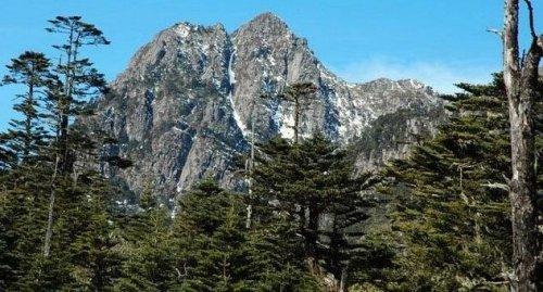 2002年5月,四川邛海-螺髻山风景名胜区经国务院批准列入第四批国家级