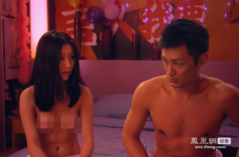 2014最牛kc全景正拍-虽然四位男主角齐齐去嫖妓,但当中却只有余文乐与囡囡挞着,彭浩翔