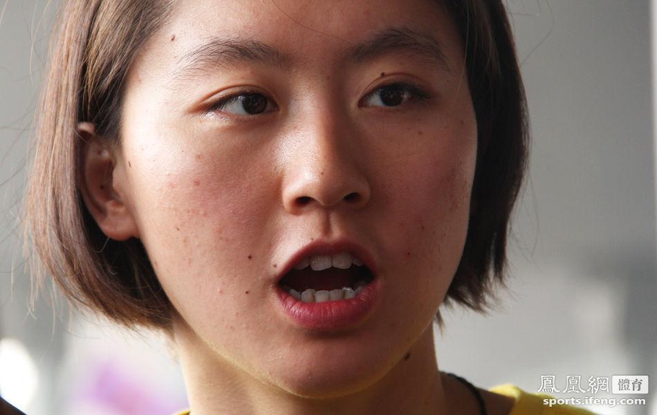 中国游泳队归国 美女焦刘洋受追捧