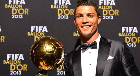 C罗荣膺2013年FIFA金球奖 第2次获奖终结梅西4连霸