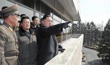 低调奢华:金正恩羊绒大衣值数千万韩元