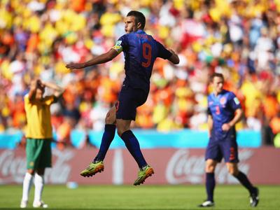 范佩西关键时刻扳平 荷兰2-2澳大利亚