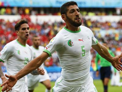 哈利切头球入网 阿尔及利亚2-0韩国