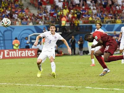 队长卡楚拉尼斯吃红牌 10人希腊保球门不失