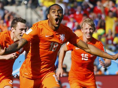 小将费尔替补破门 荷兰1-0智利
