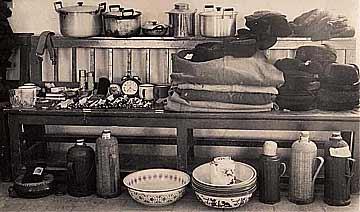 晒一晒1960年反贪缴获贪官赃物:多为锅碗瓢盆鞋底子