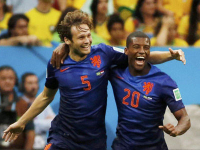 布林德门前补射再下一城 荷兰2-0领先巴西