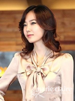 流行的中分发元素-5款2012最流行发型 时尚显嫩招桃花