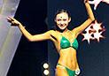 健美健身比赛 高校女生身着比基尼秀身材
