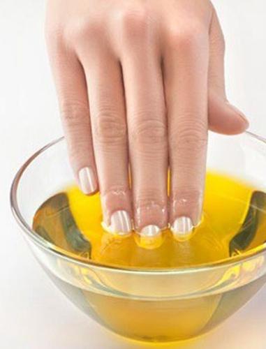 外媒教你巧用橄榄油 美容护发轻松搞定图片