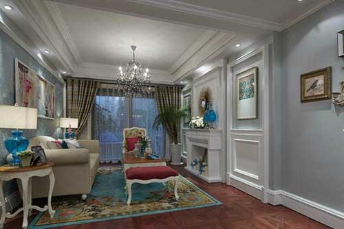 采用欧式风格来装修别墅是很多人都会的,那大家想知道欧式别墅客厅装修后的效果是怎么样的吗?想了解一下的话来看看小编给大家准备的欧式别墅客厅装修效果图。 蓝色的墙面洒下淡淡的灯光,热烈的红色,平静的白色,鲜艳的孔雀蓝充满异域风采,色彩华丽如油画。给人呈现出一种不一样的浪漫情怀。这样的法式风格的装修效果大家喜欢吗?