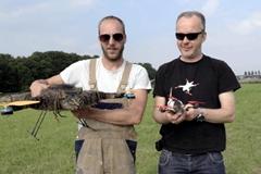 荷兰艺术展现特殊宠物直升机