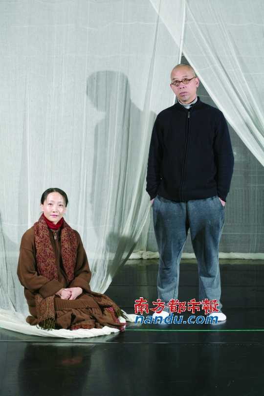 documentary filmmaker, mr.wu and wife Wen Hui in recent years will work on the find & other; Hunger throughout the memory &; On.