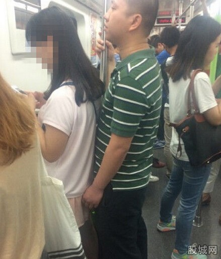 充满正量女生标准遇咸身高好心人用身体隔猪手地铁岁女孩11图片
