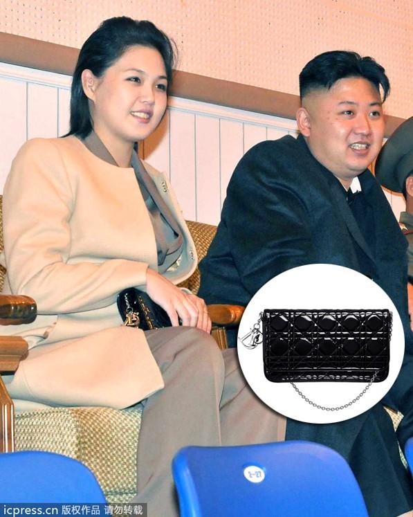 李雪主也爱万元奢侈品 同一手袋无限次出场