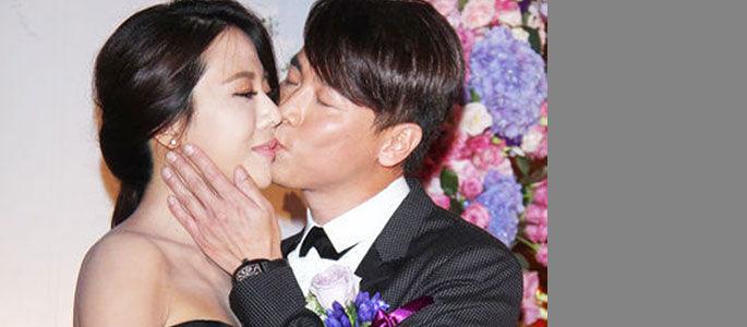 实拍:陶喆大婚激吻小16岁娇妻