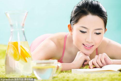喝水掌握减肥法一周轻松瘦2斤多坏死瘦腿多多了针会不会肌肉打喝水好处图片