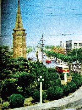 """郑州德化街曾被称为""""野鸡岗"""""""