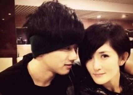 谢娜和张杰(资料图)