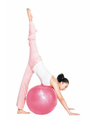 瑜伽球减肥操