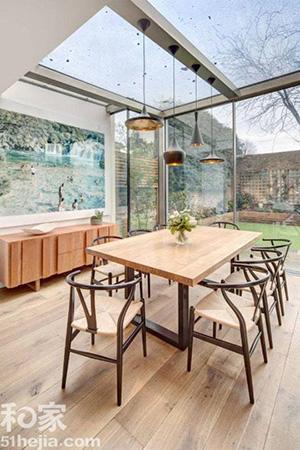 原木与玻璃家具