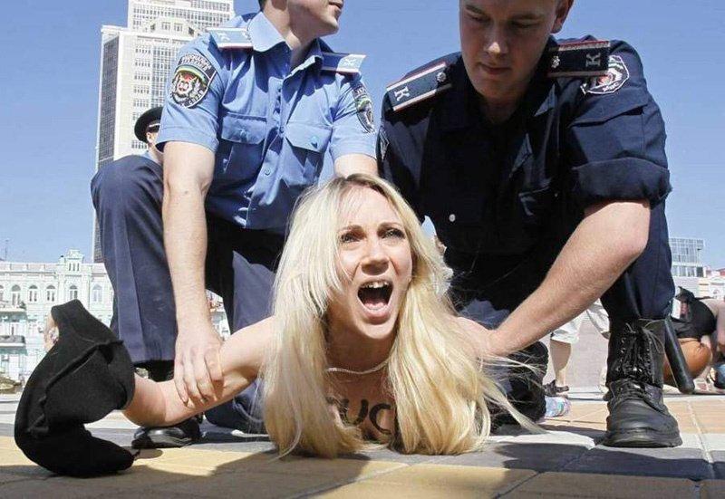 图揭乌克兰女性真实的混乱不堪的生活