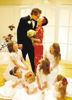 性情:袁莉怀孕加班老公抱怨 女强人如何协调家庭事业