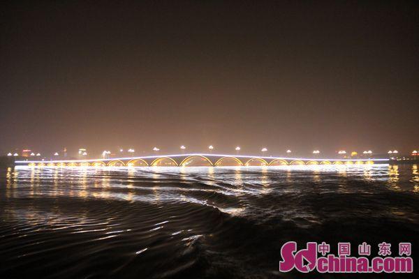 聊城东昌湖 江北水城 的美丽夜景