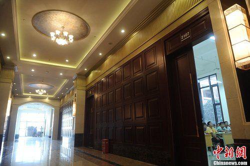 重庆大学城现豪华教学楼