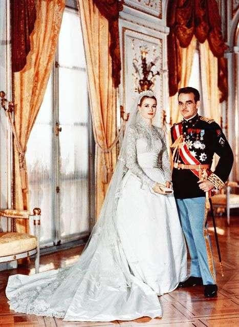 丝绸婚纱手绘图