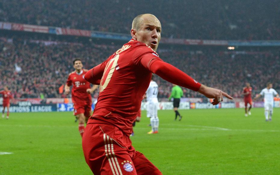 2012年3月14日,2011-2012赛季欧洲冠军联赛1/8决赛次回合,拜仁慕尼黑7-0狂胜巴塞尔,总比分7-1顺利晋级8强。图为罗本进球后激情庆祝。