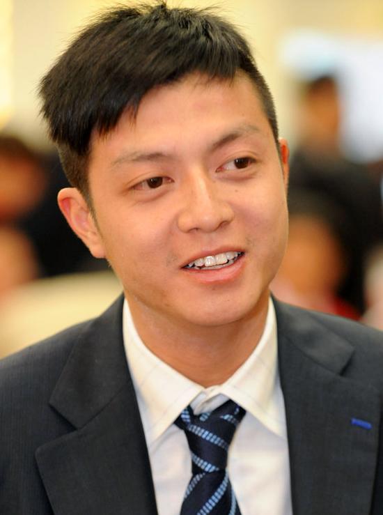 丽新接班人林孝贤 80后政协委员 与阿娇等传绯闻
