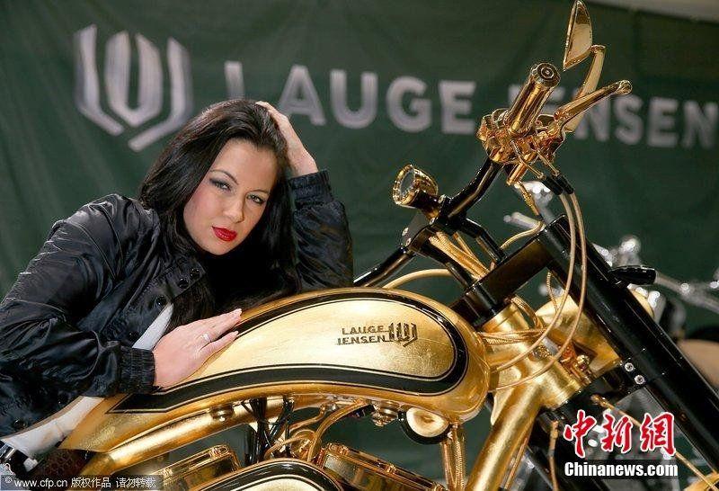 道奇战斧v10超级摩托车,其价格达到60万美元(约合人民币365.5高清图片