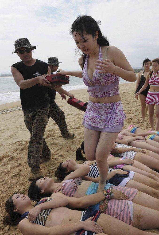 中国各行业另类培训 美女倍受 青睐