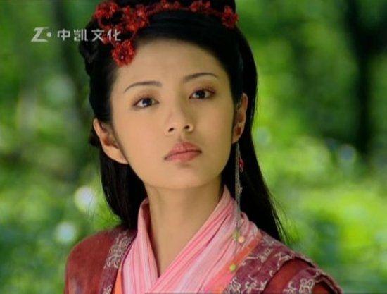 刘亦菲着红衣造型惊艳