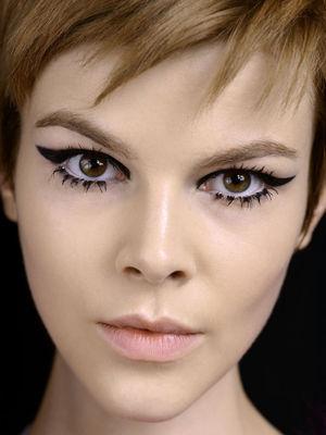 调查:男人喜欢女人画眼线吗?-手机凤凰网图片