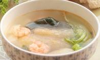 女性喝鲜虾豆腐海带汤预防乳腺癌
