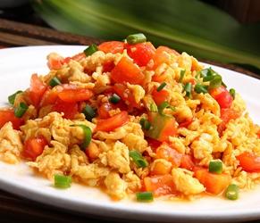 普通西红柿炒鸡蛋 你做到美味又营养吗