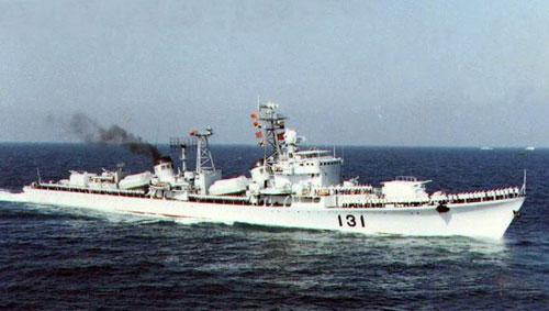 日媒:中国正失去耐心 两艘051驱逐舰变身海监船