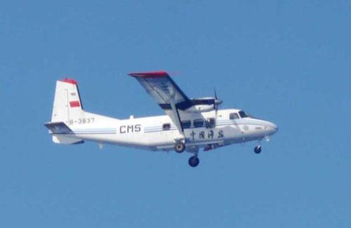 中国飞机在本国海域飞行