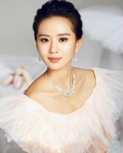 刘亦菲PK刘诗诗 清纯or魅惑妆盘点图片