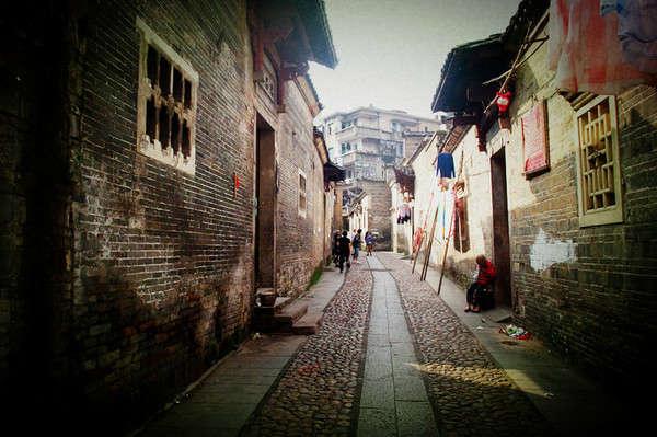 壁纸 风景 古镇 建筑 街道 旅游 摄影 小巷 600_399